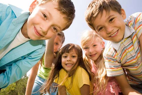 kids-spring---stock-photo-for-web
